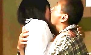 Wanneer de man zwak fysiologisch is (Zie meer: shortina.com/NC8ku)