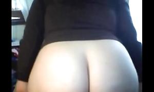 Godess Ass removing panties reveals Juicy fur pie honey together with sweet tight ass sexwebcams6.blogspot.com