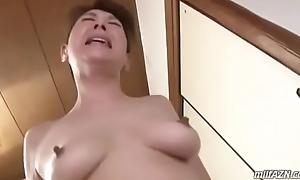 Mom japan