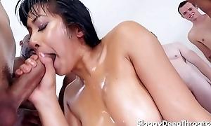Mia Li blowbang
