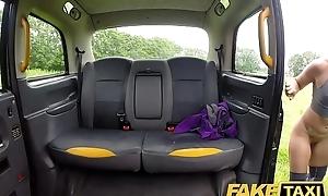 Action Taxi Sahara receives a hard cock workout