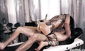 Tattooed babe Joanna Angel ASS Screwed