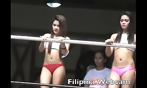 Filipina.webcam chat cam girls in pool at Manila Pool party