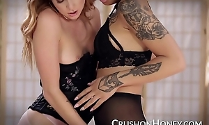 CrushGirls - Honey and Arya lesbian playtime