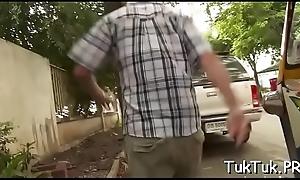 Fucking a very hawt thai floozy
