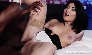 asian slut waitress rina ellis meets a bbc 720p