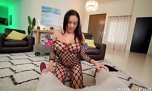 Exotic Brazzers mollycoddle takes cum on her face after making out Scott's dick