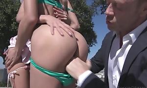 Uninhibited Italian lady's man bonks two slim beauties at once