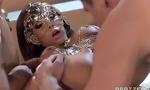 Juggy goddess there mask gets her tight anus fucked good and proper